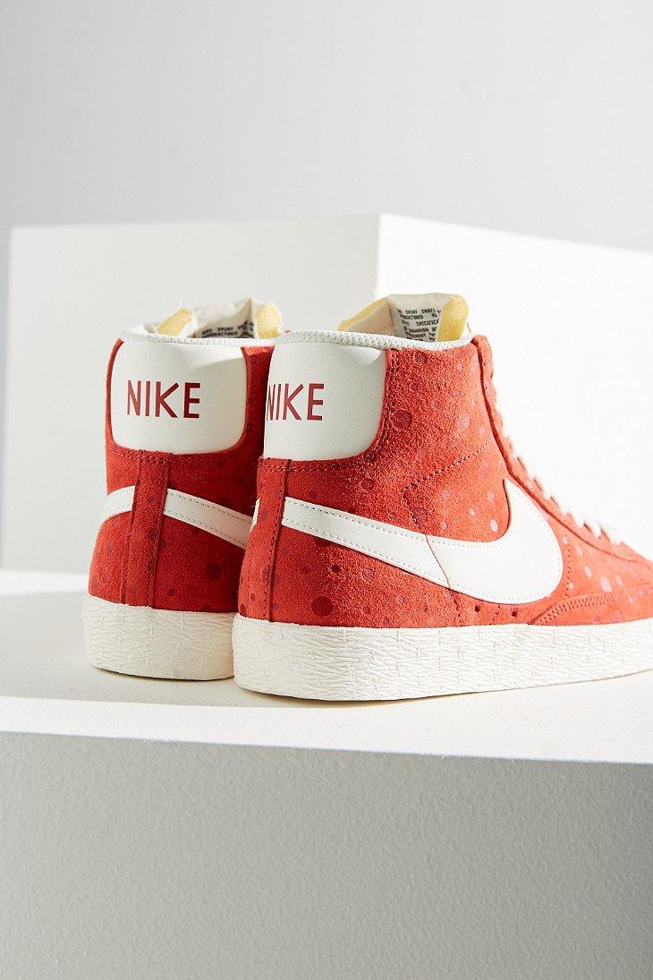 official photos 075cb 64c7f Blazer Pink Suede Women s Lyst Sneaker Mid Vintage Nike In AqZnpEwRx