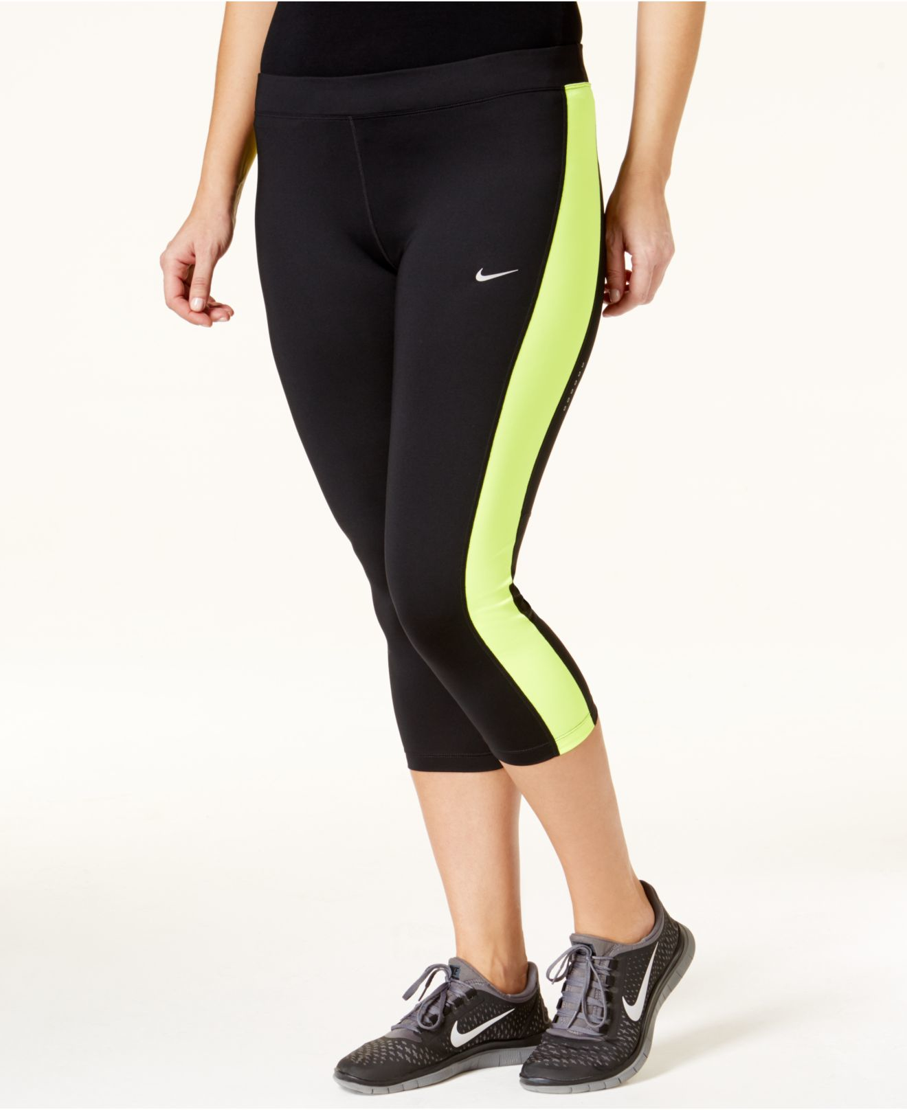 28798ac48b2 Nike Plus Size Performance Cropped Leggings in Black - Lyst
