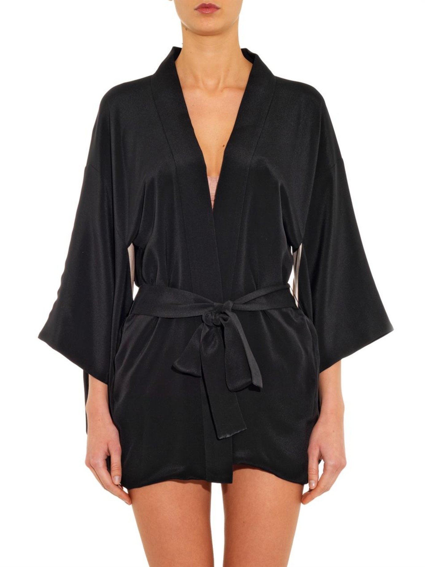 A flirty kimono robe over some lingerie gets you in the mood for date night; a terry cloth robe is the workhorse you need day-to-day. Whichever way you're headed, robes get you headed in the right direction in pure comfort.