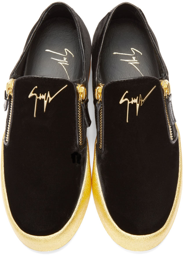f5a90b5f032a5 Giuseppe Zanotti Black & Gold Velour London Sneakers in Metallic for ...