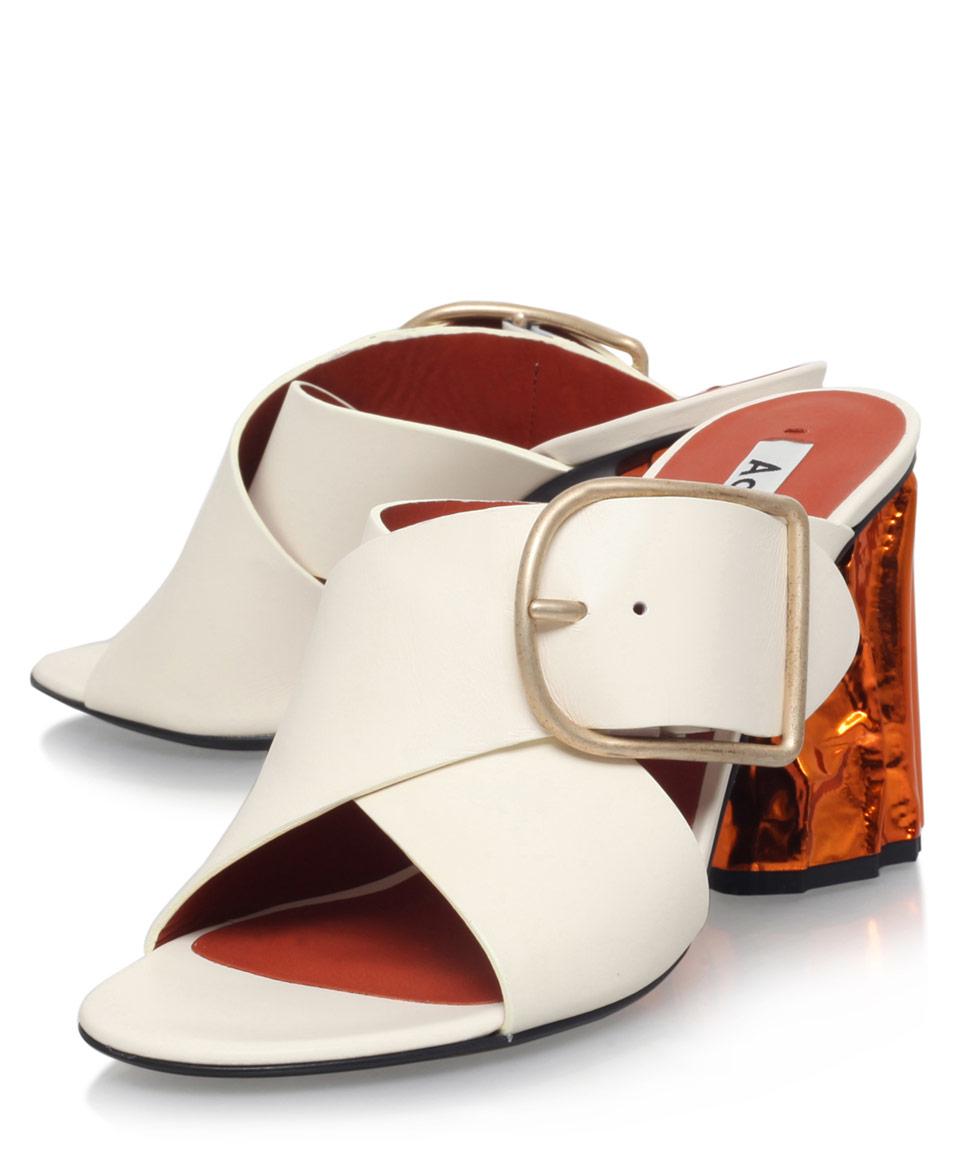 9e161edf007b acne-studios-cream-cream-leather-olej-mules-with-sculpted-heel -beige-product-1-334678565-normal.jpeg
