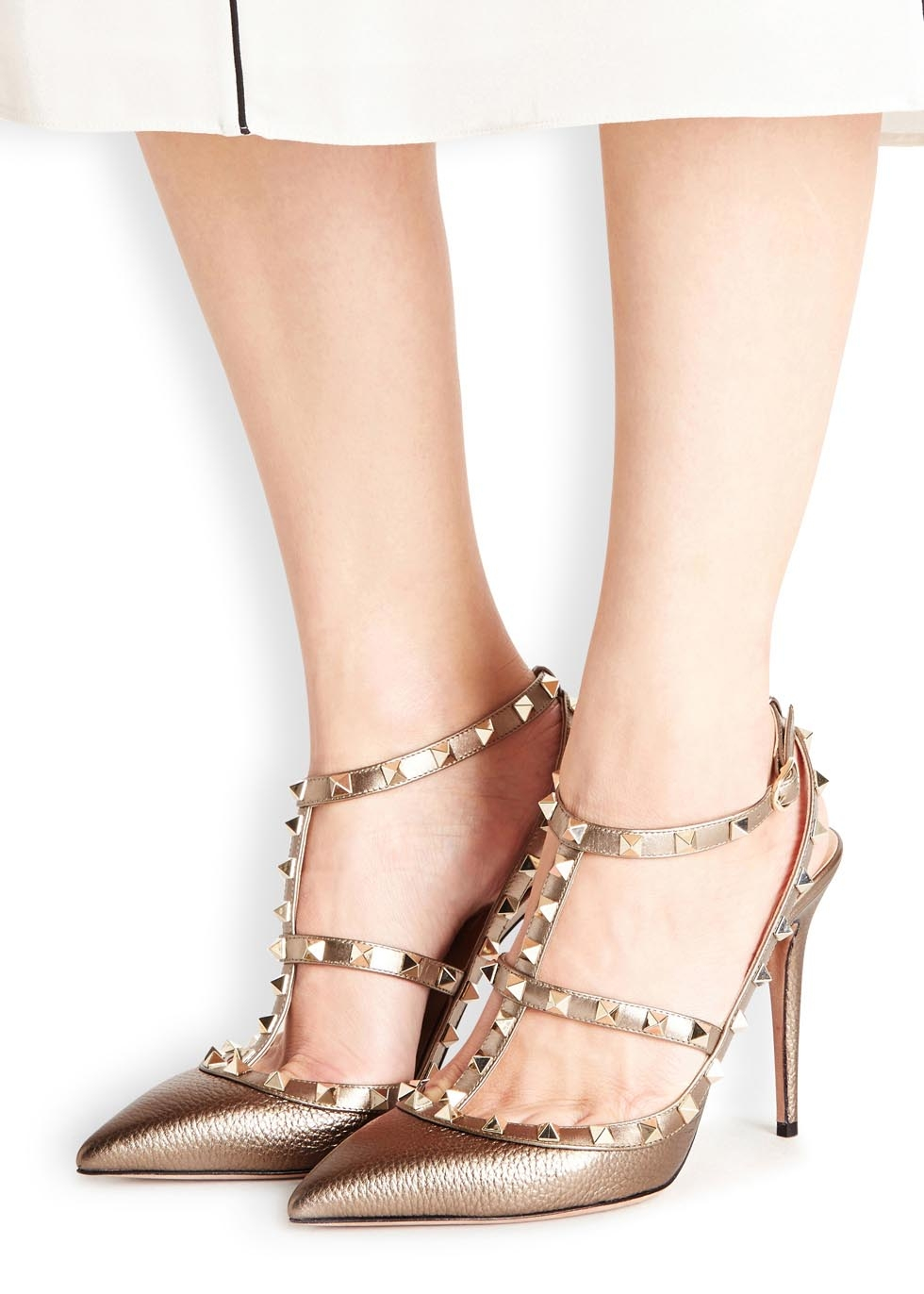 cb31227c359 Valentino Rockstud 100 Gold Leather Pumps in Metallic - Lyst