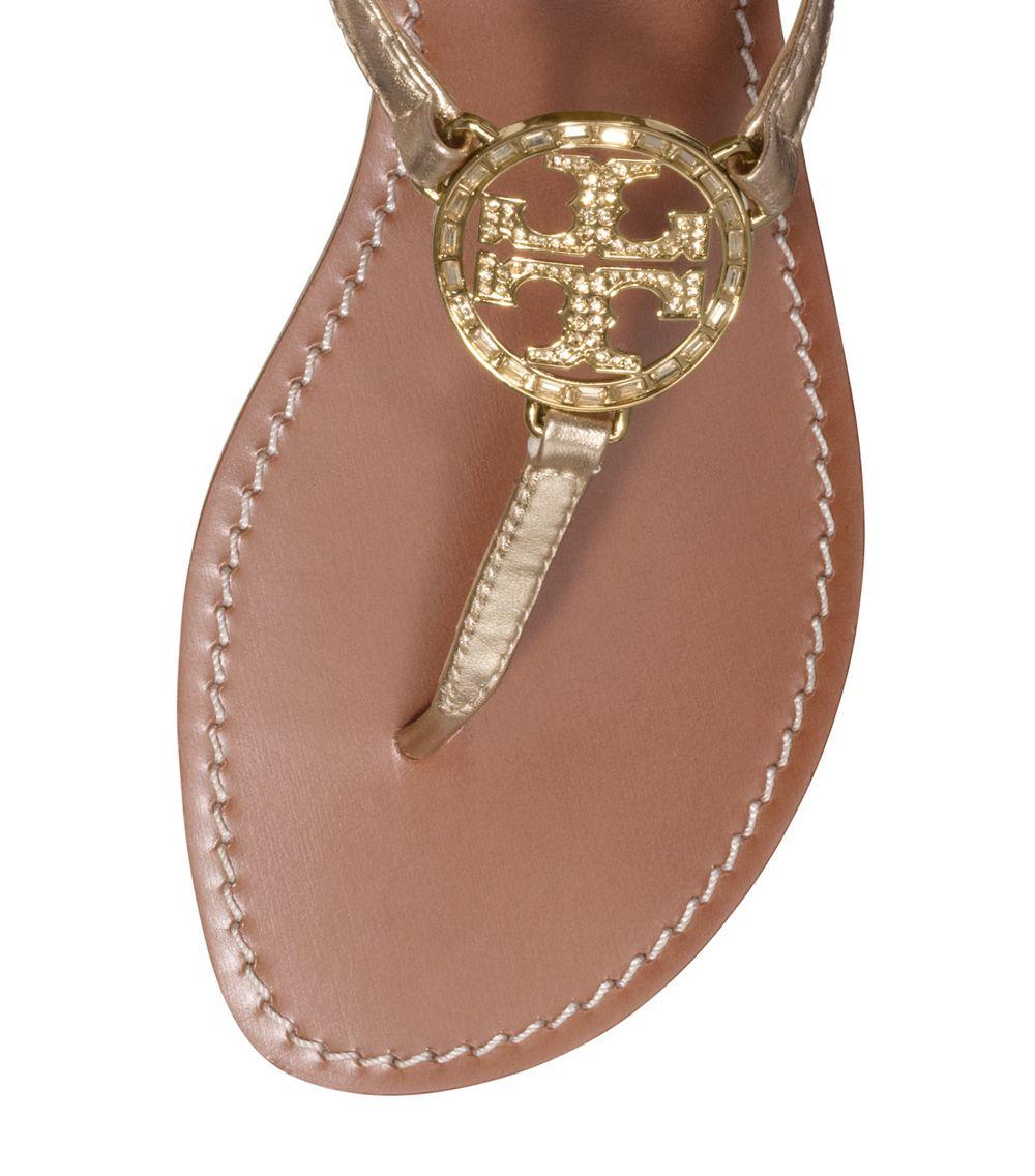 5a4ede1a921 Lyst - Tory Burch Violet Metallic Thong Sandal in Metallic