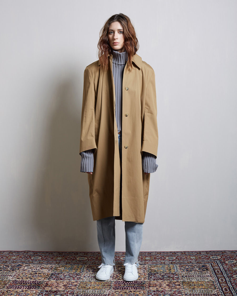 Lyst Vetements Macintosh Trench In Natural