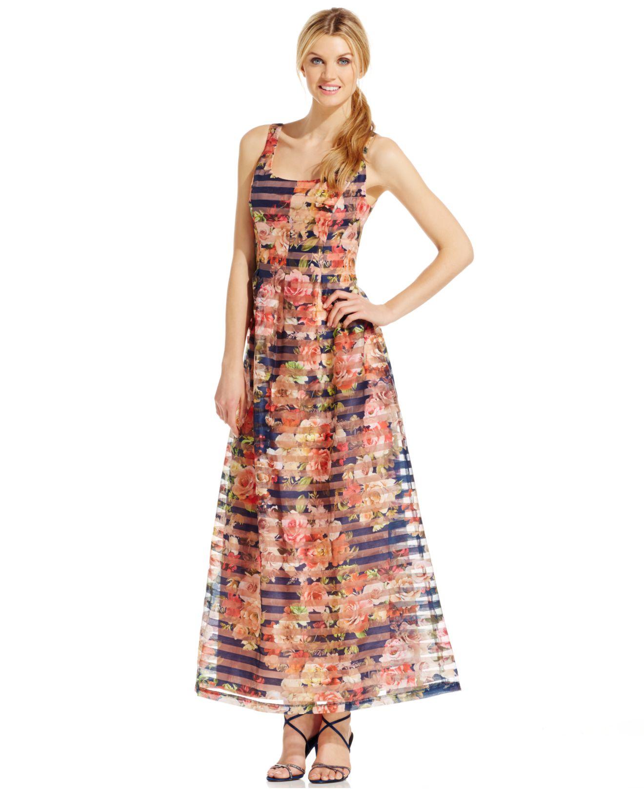 Lyst - Nine West Rose-print Long Evening Dress