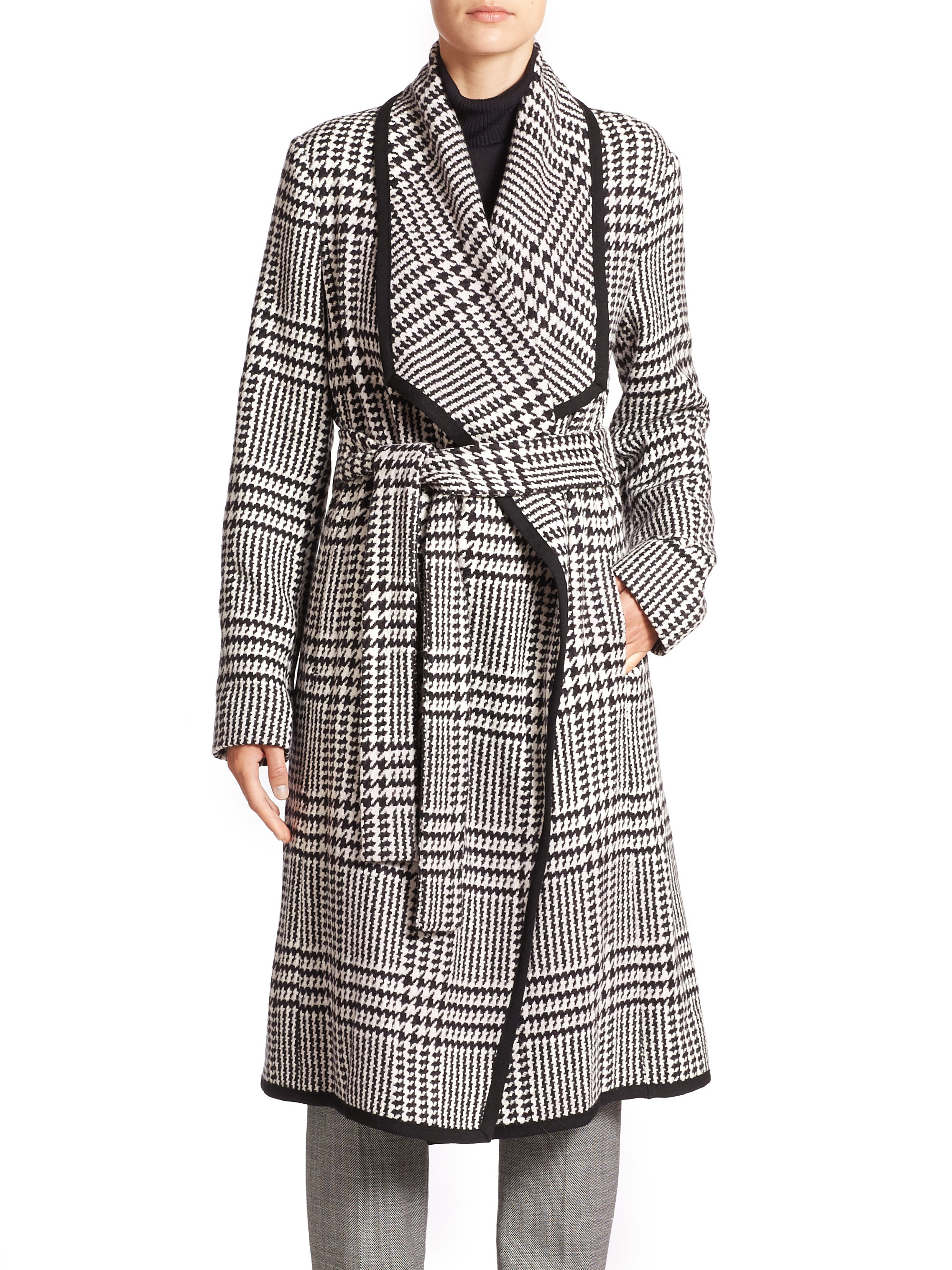 Escada Houndstooth Belted Wool Coat in Gray | Lyst