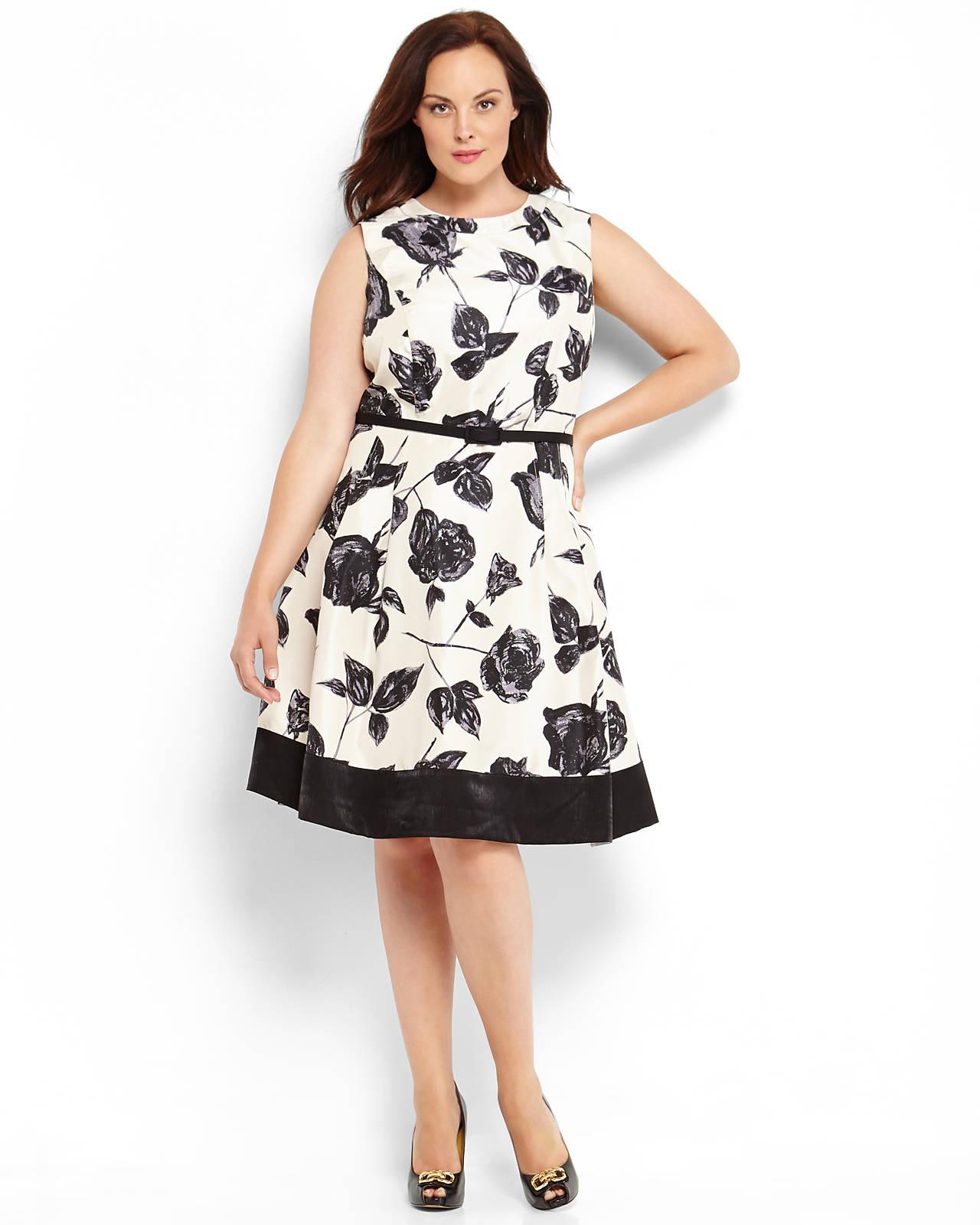 f0f8a59d6c51 Lyst - Eliza J Print Fit Flare Dress in White