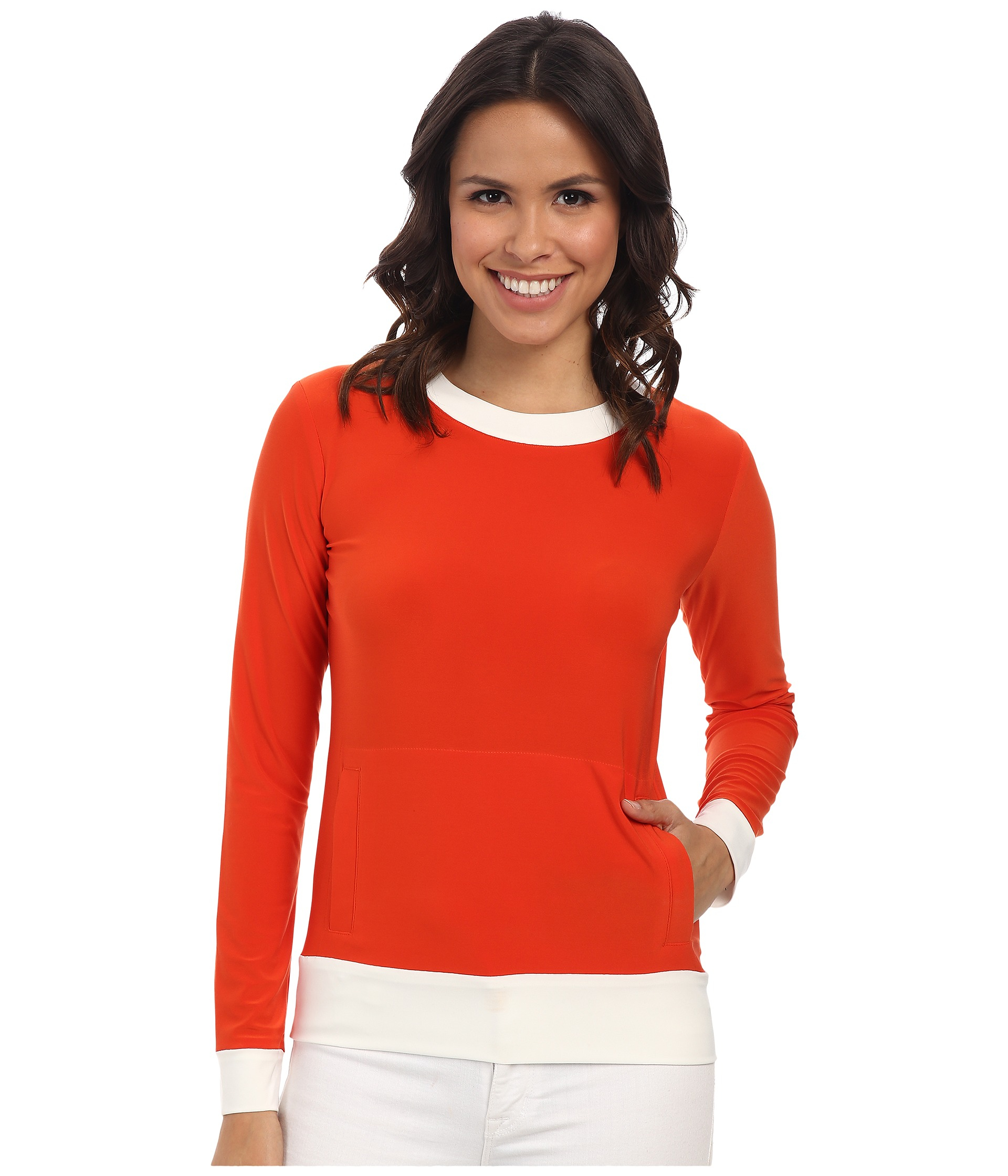 Long Sleeve Tops Best Selling Tops Featured. Vintage Style Tops Work Tops Fall Tops Quirky Tops Collared Tops Print & Plaid Tops Fall Tops. Freshen up your closet with our fabulous orange tops! Our cute orange blouses and shirts are perfect for pairing with your favorite wardrobe pieces. Jazz up your skinny jeans by wearing an orange polka.