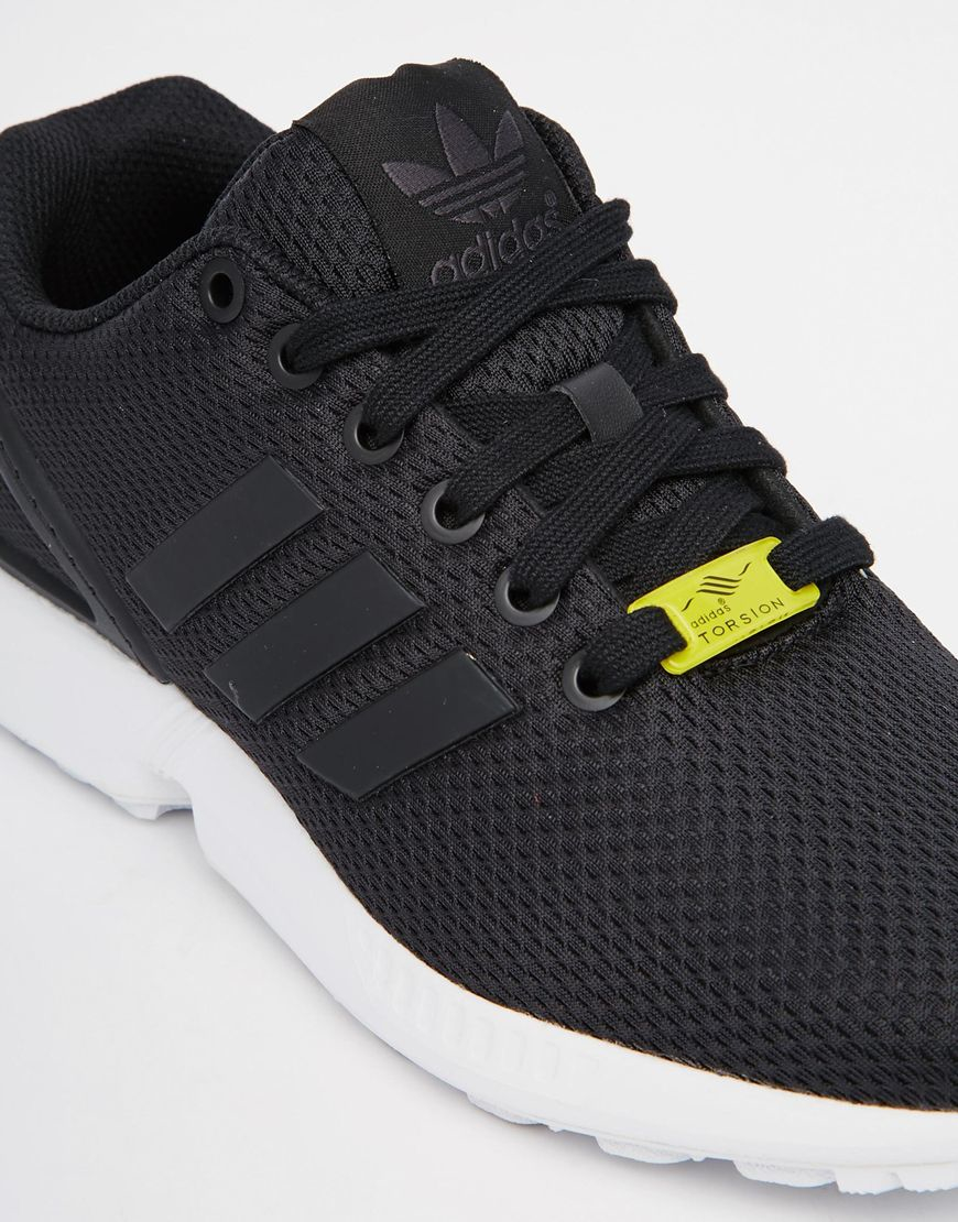 Italia Independent x adidas ZX Flux quotHoundstooth Camoquot low