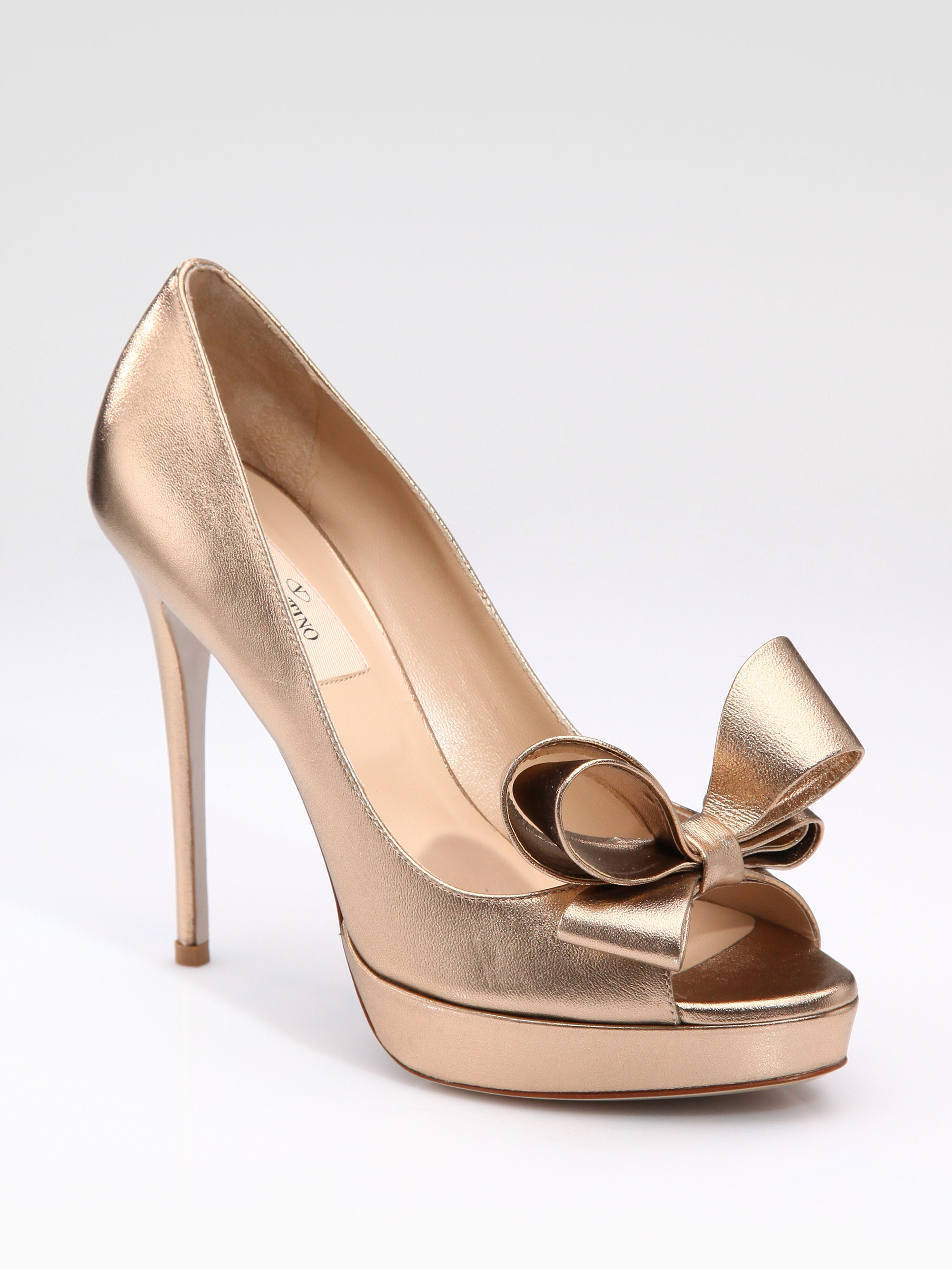 Valentino Detachable Bow PVC Pump | Priyanka Chopra's ...