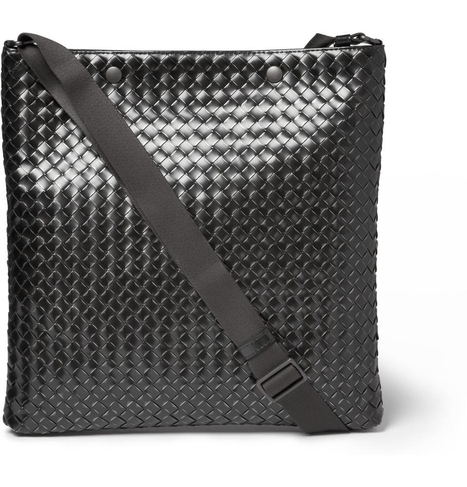 Bottega Veneta Calandre Intreccio Mens Messenger Bag In Black For