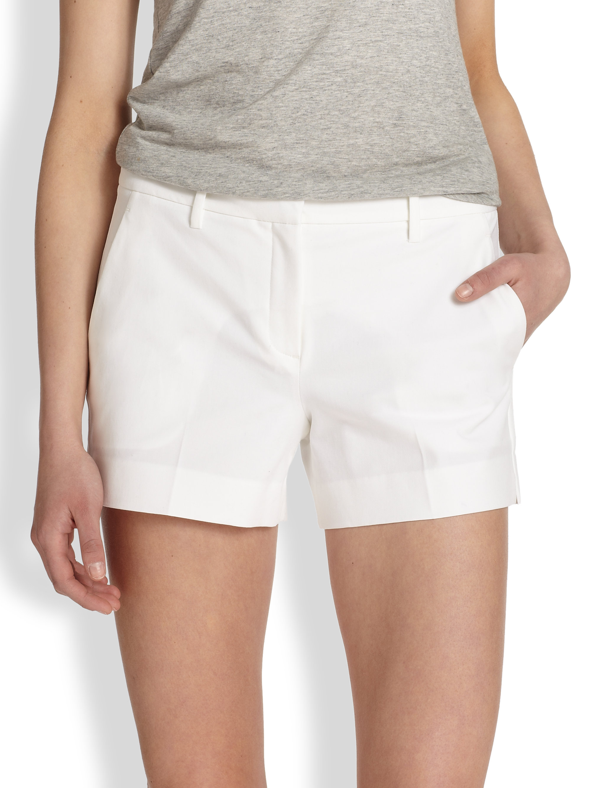 Theory Kasim Stretch Cotton Shorts in White | Lyst