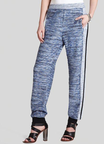 Bcbgmaxazria bcbg max azria pants harvie tweed in blue blue hazel