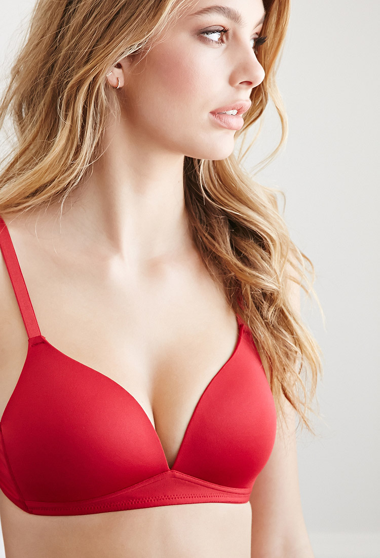 66e7fa4635 Forever 21 Wireless T-shirt Bra in Red - Lyst