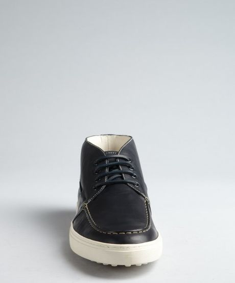 Tod's Navy Leather Laceup Boatstitched Chukkas in Blue for Men (navy)