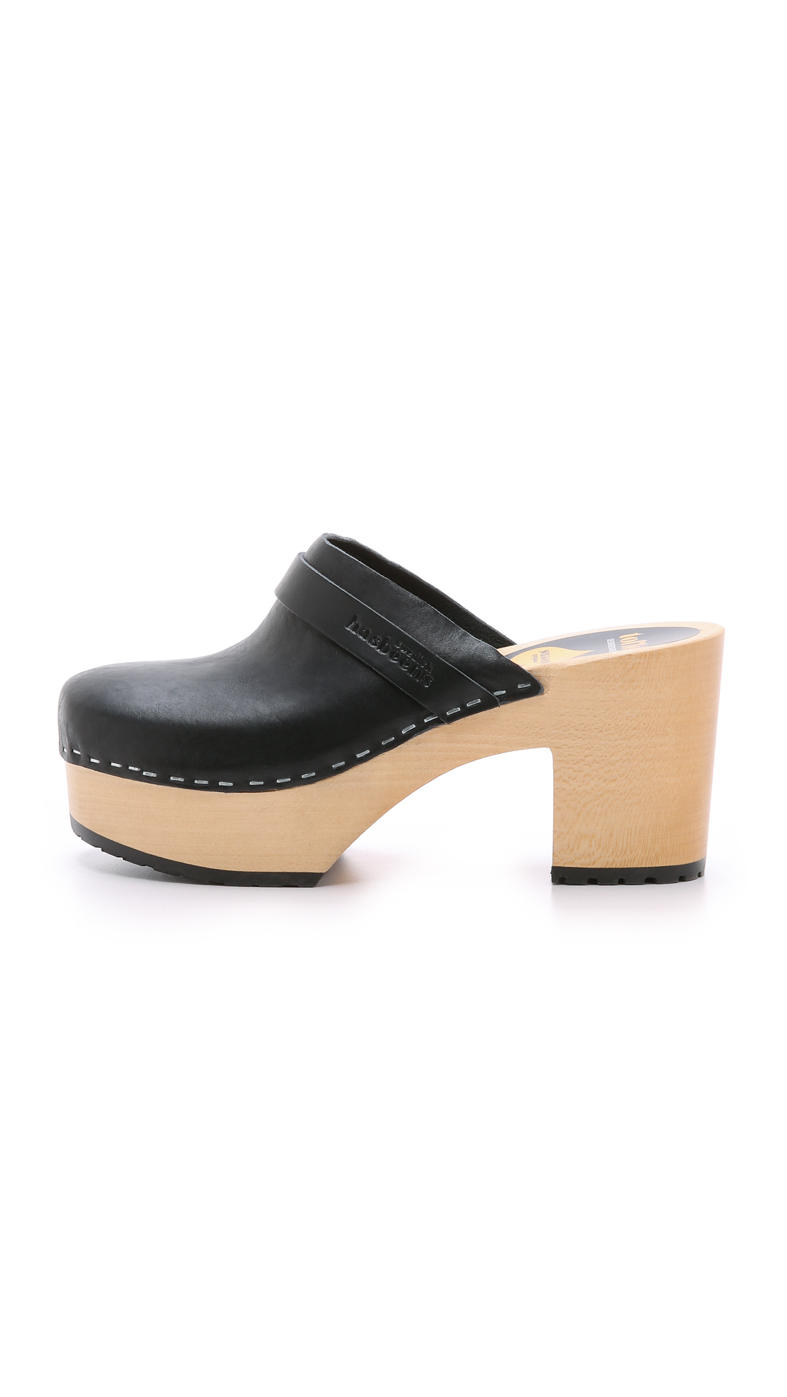 Today's micro-sales roundup is a whole slew of Swedish Hasbeens clogs that are on sale for up to 70 percent off.