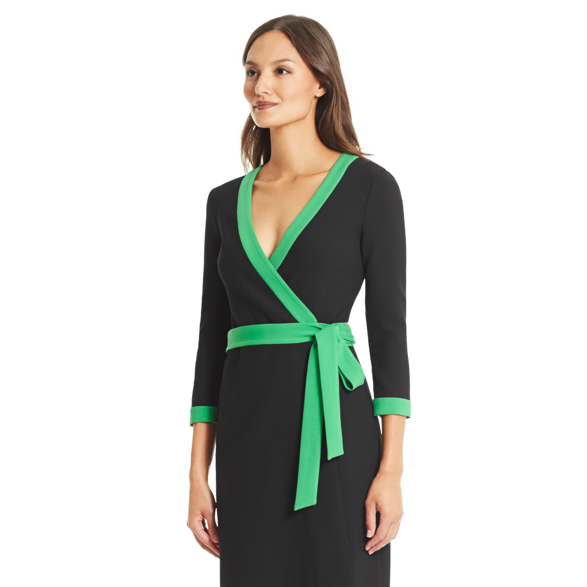 Diane von Furstenberg's iconic wrap dresses are perfect for the office or an evening out. Find designer wrap dress styles and online exclusives at metools.ml