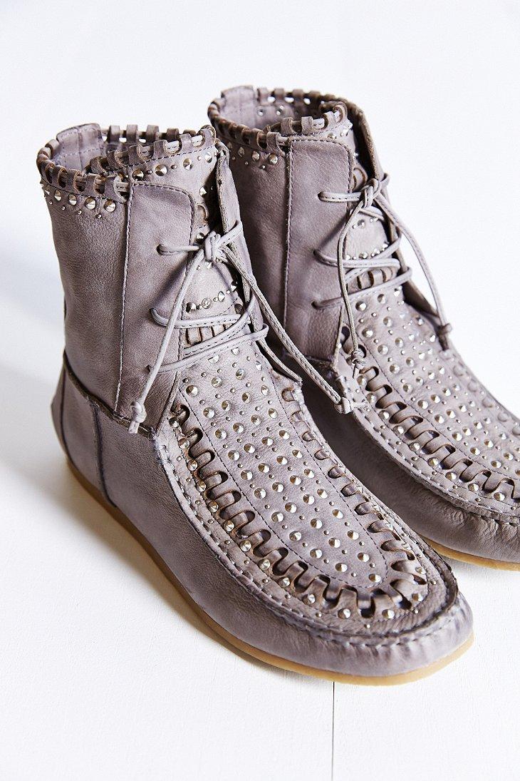 2b572e837 Lyst - Sam Edelman Katelyn Studded Ankle Boot in Gray