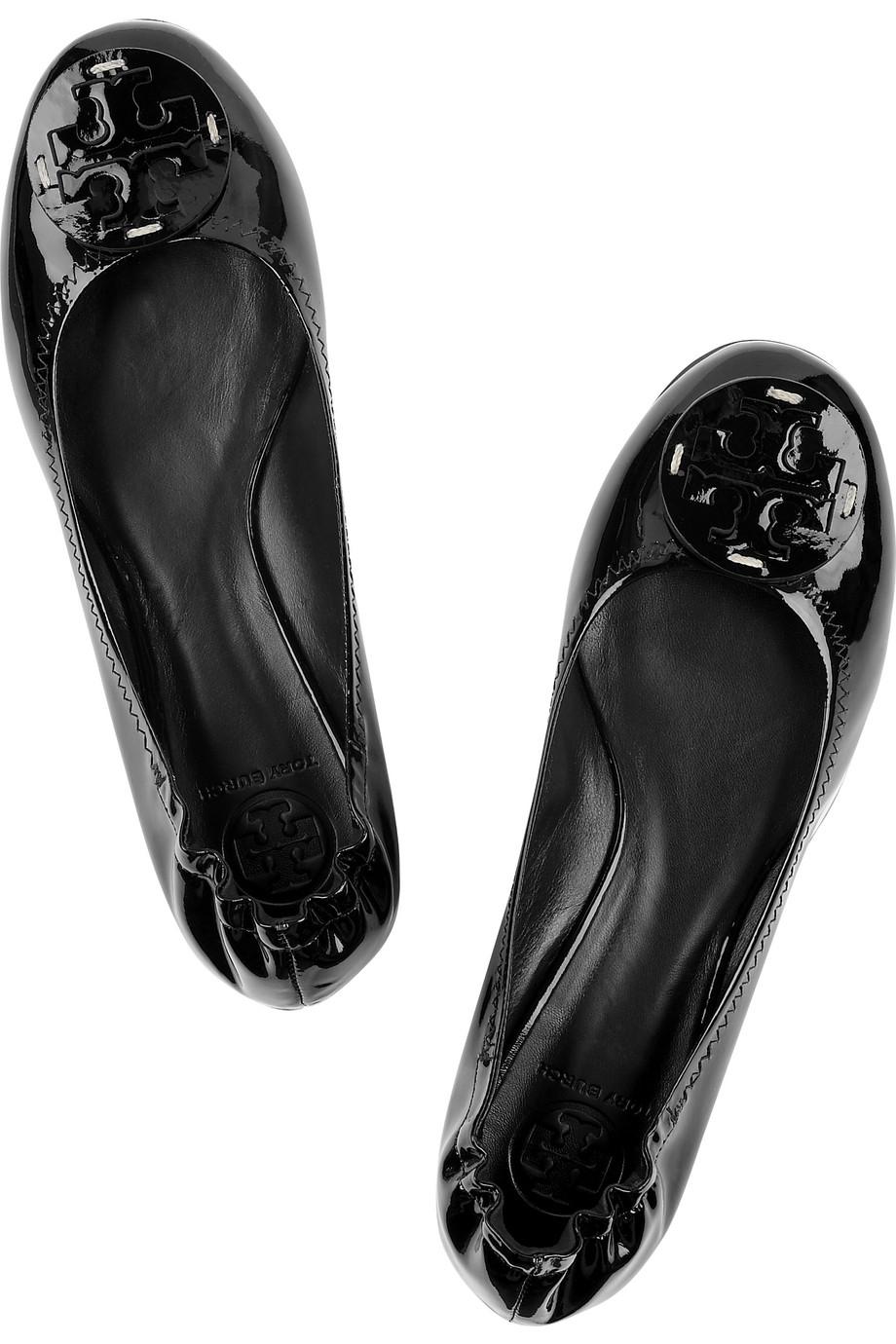 tory burch reva patent leather ballerina flats in black lyst. Black Bedroom Furniture Sets. Home Design Ideas