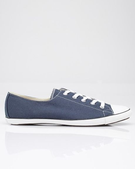Converse All Star Light Ox in Navy in Blue (navy)