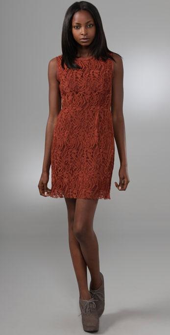 Mio lace dress