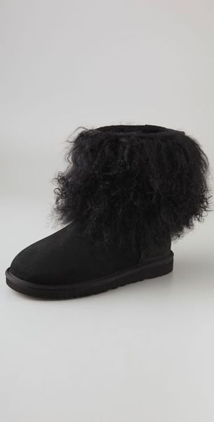 Ugg Sheepskin Cuff Boots in Black