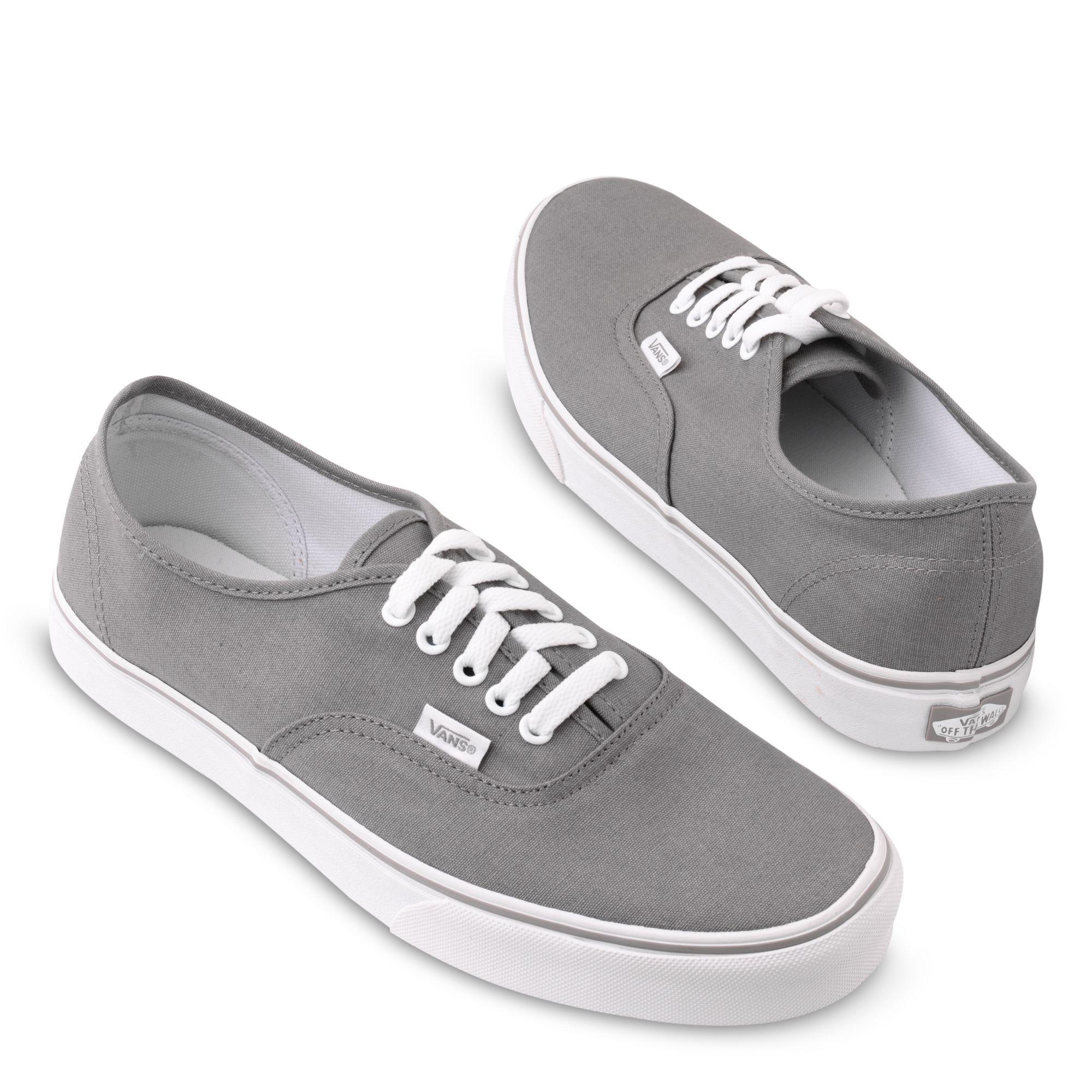 58a5dbb3e977 Vans Authentic Basic Plimsolls in Gray for Men - Lyst