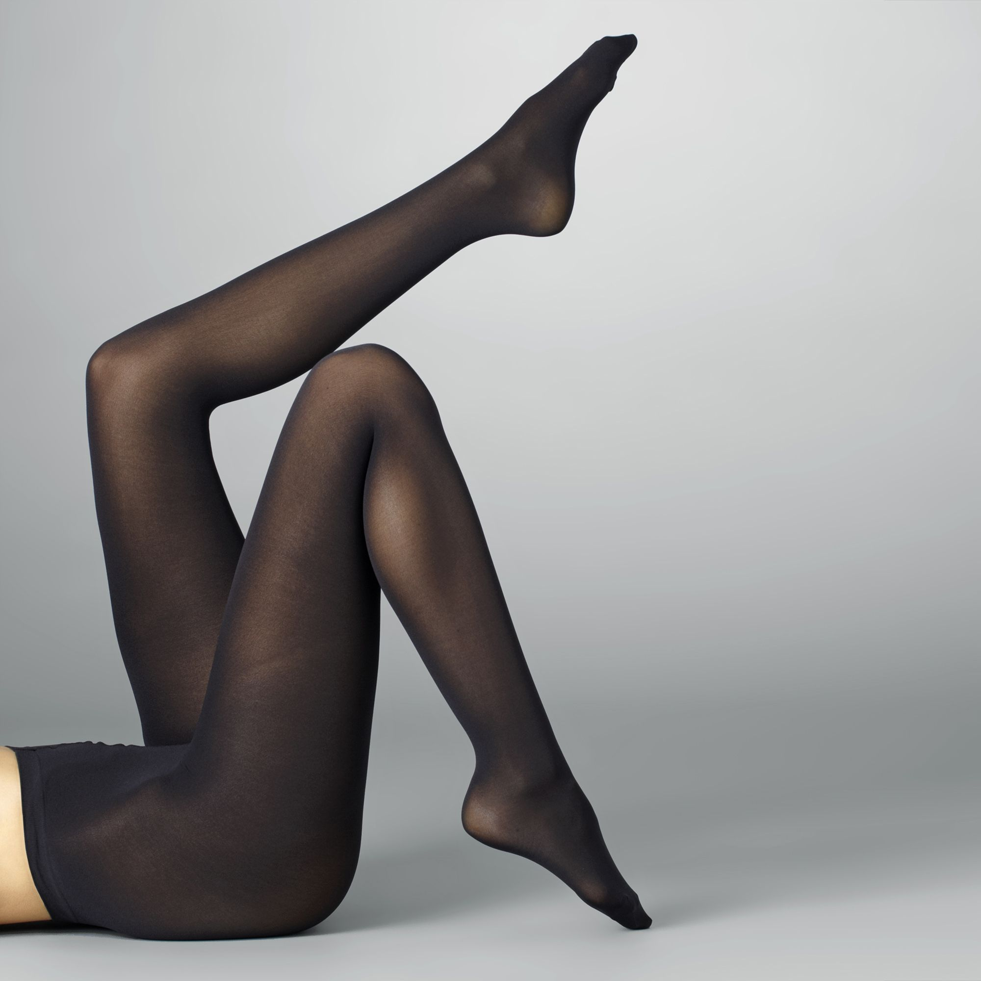Black opaque pantyhose