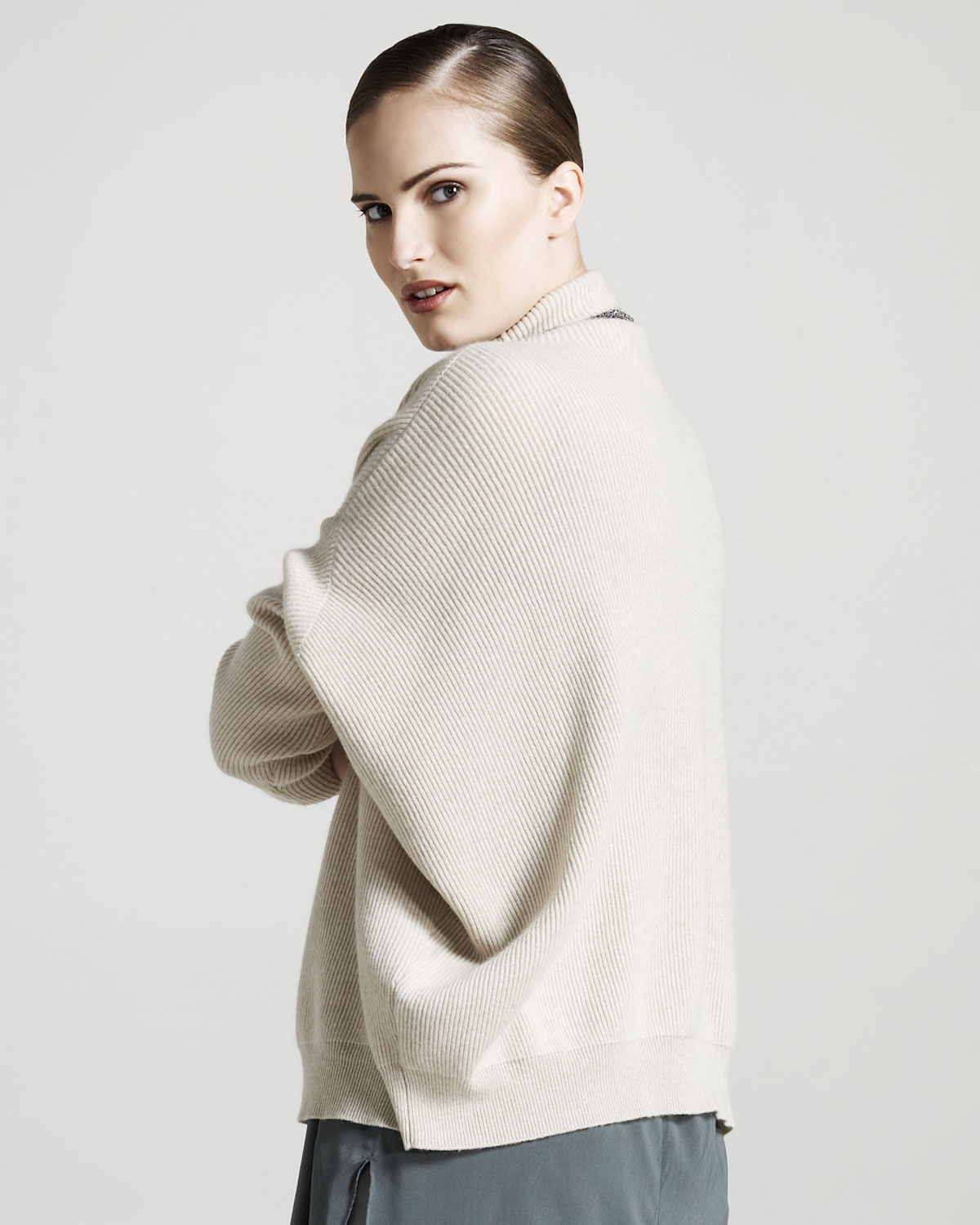 Brunello cucinelli Oversized Ribbed Cashmere Sweater in Natural | Lyst