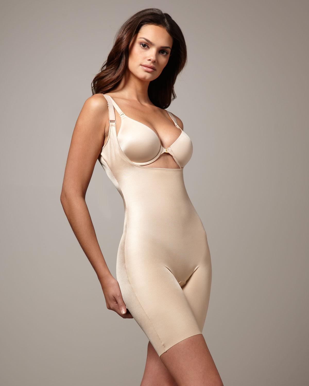 2c2c67b30e12a Lyst - Spanx  Slimplicity  Underbust Mid Thigh Bodysuit Shaper in ...