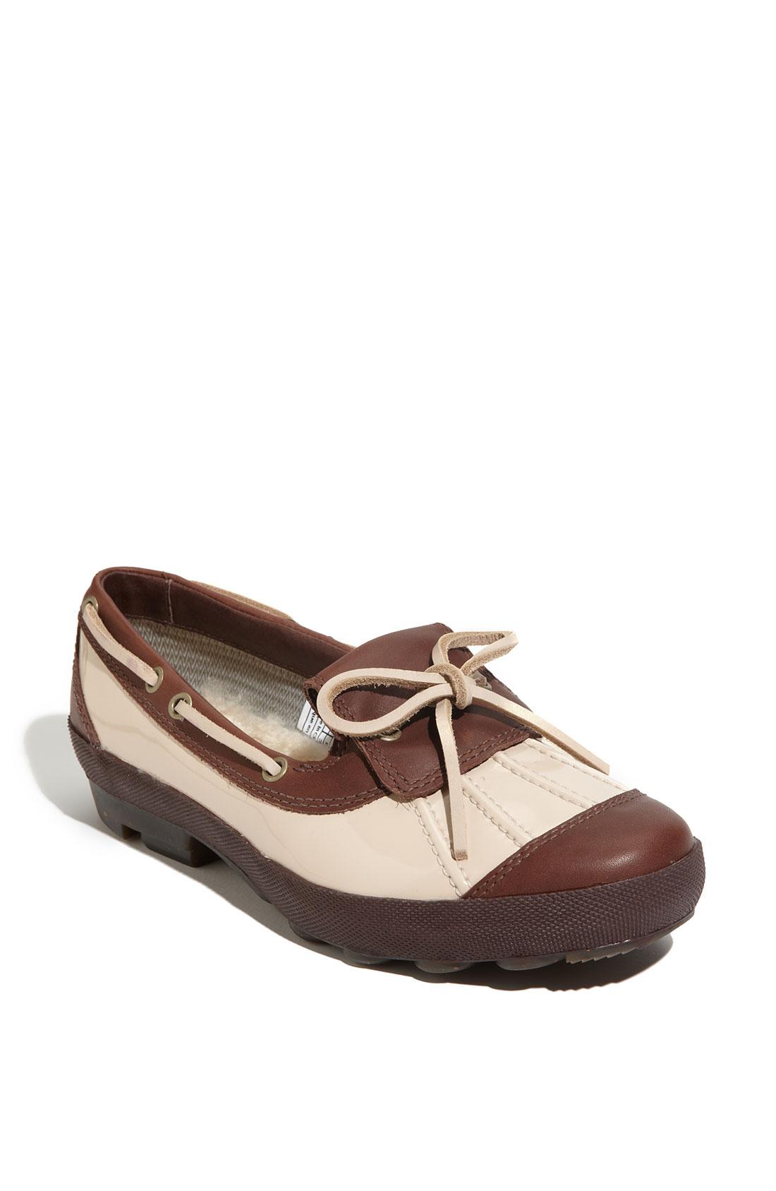 womens ugg duck shoe