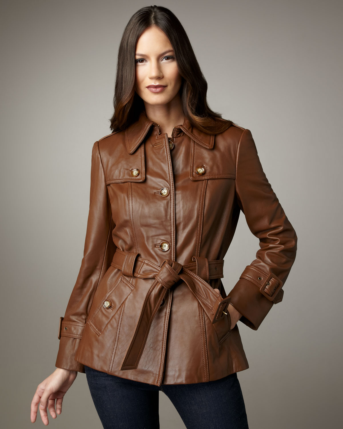 Neiman marcus Short Belted Leather Trenchcoat in Brown | Lyst