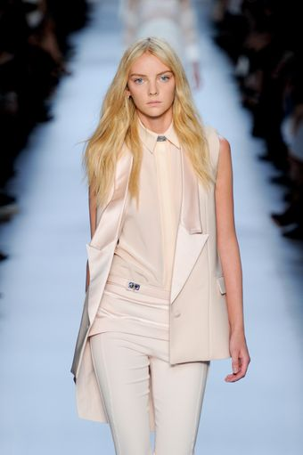 Givenchy Spring 2012 White Sharply Tailored Sleeveless Jacket - Lyst
