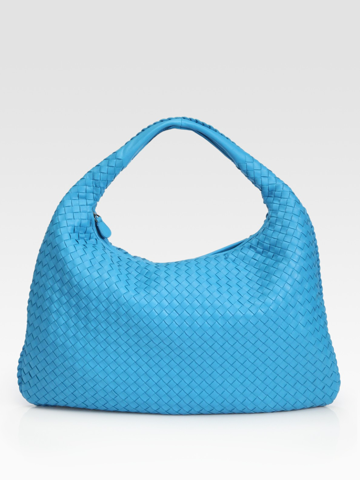 a1fd0653ccab Lyst - Bottega veneta Large Woven Hobo in Blue