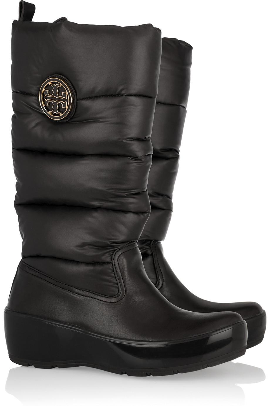 5bc67e66f21 Tory Burch Puffer Boots in Black - Lyst