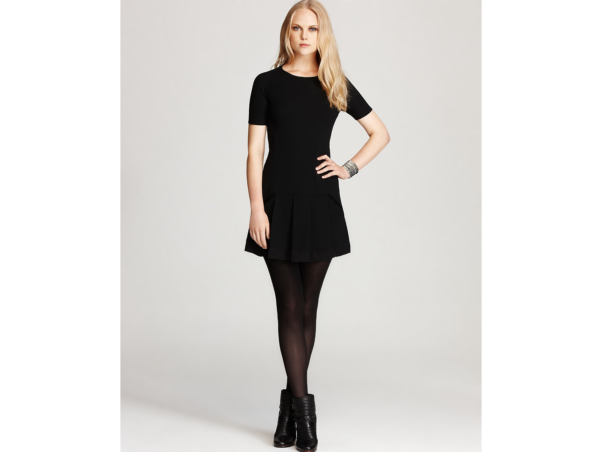 Theory Black Wool Short Sleeve Dress
