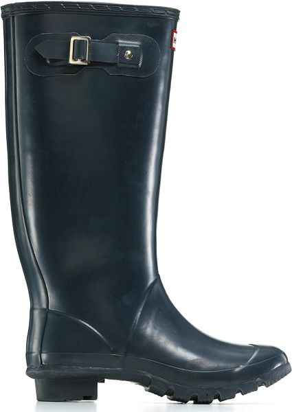 Hunter Huntress Extended Calf Rain Boots In Black Navy