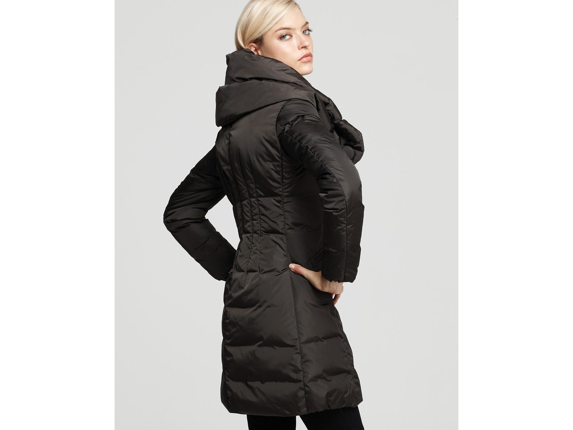 Moncler Pillow Collar Down Coat In Black Lyst