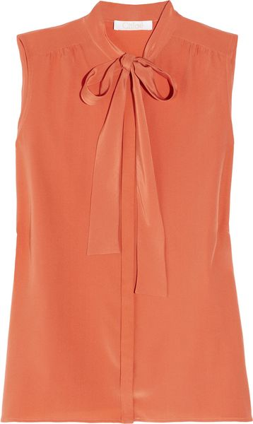 Chloé Pussy-bow Silk Crepe De Chine Blouse in Orange (coral)