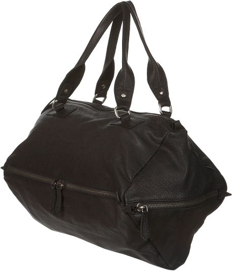 Topshop Leather Dianmond Shape Holdall in Black