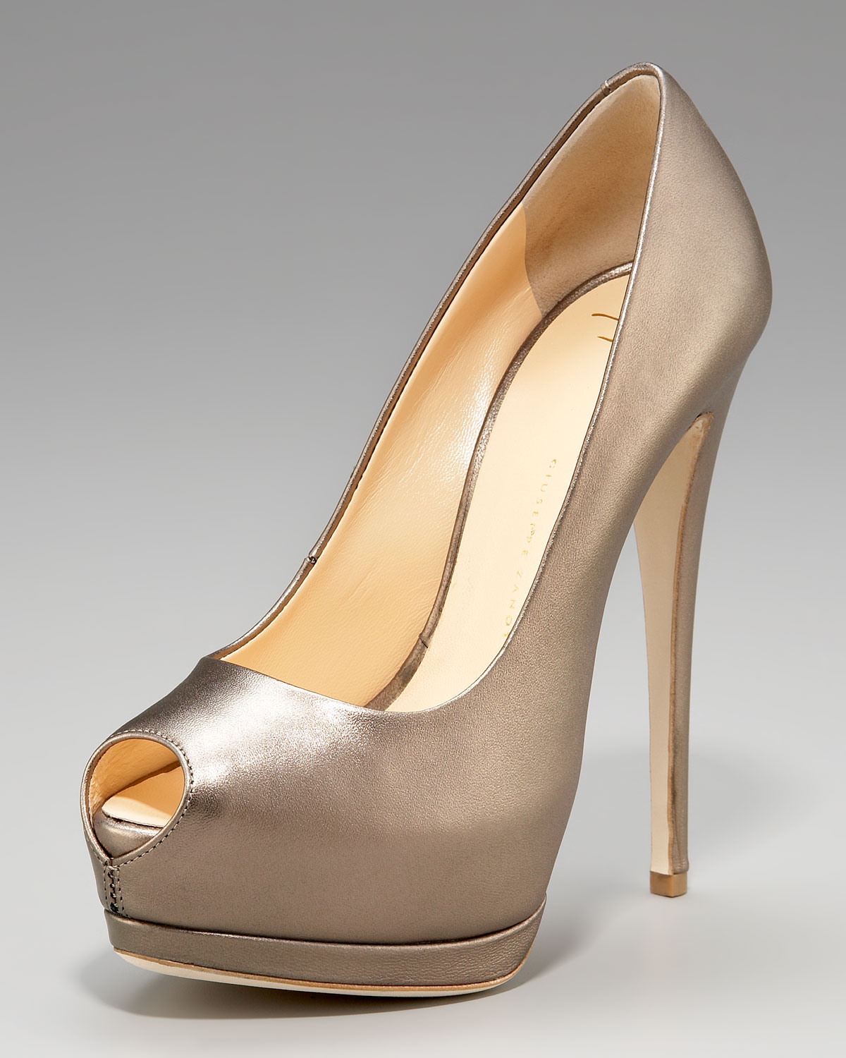 Giuseppe Zanotti Metallic Peep-Toe Pumps discount latest cheap online store Manchester cheap sale new arrival for cheap cheap online outlet fast delivery HEZIpmmA