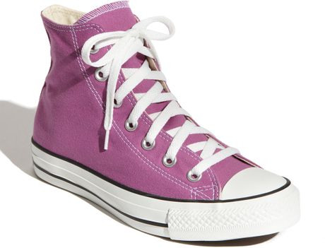 Converse Chuck Taylor® High Top Sneaker in Pink (iris orchid)