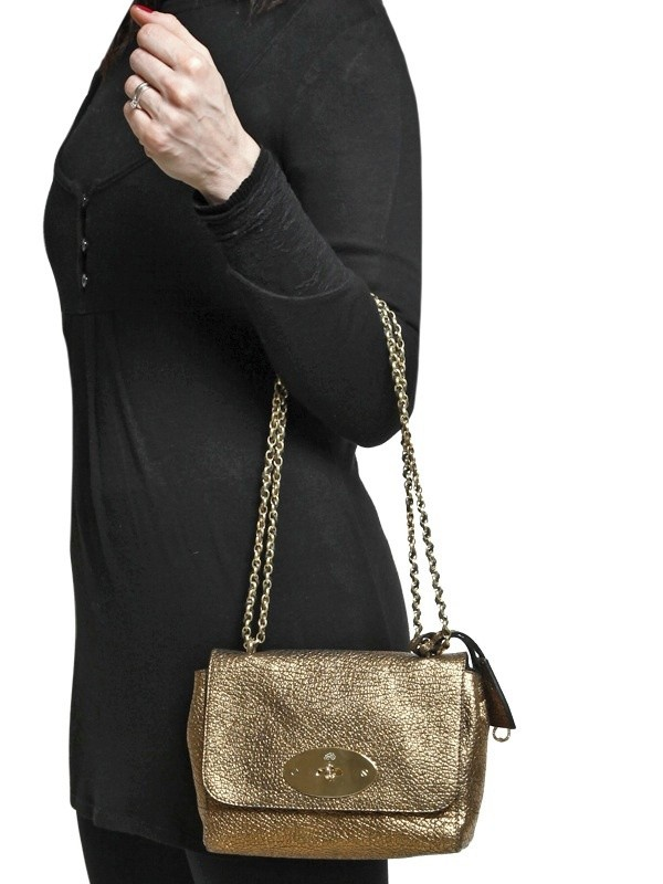 ... new arrivals lyst mulberry lily maxi grain metallic shoulder bag in  metallic bb75e e054d cce21b0e68a2a