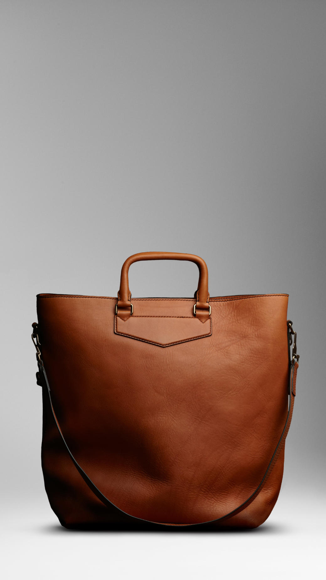 57a37db1b8 Burberry Large Washed Leather Tote in Brown for Men - Lyst