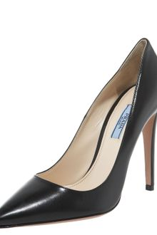 Prada Leather Point-toe Pump - Lyst