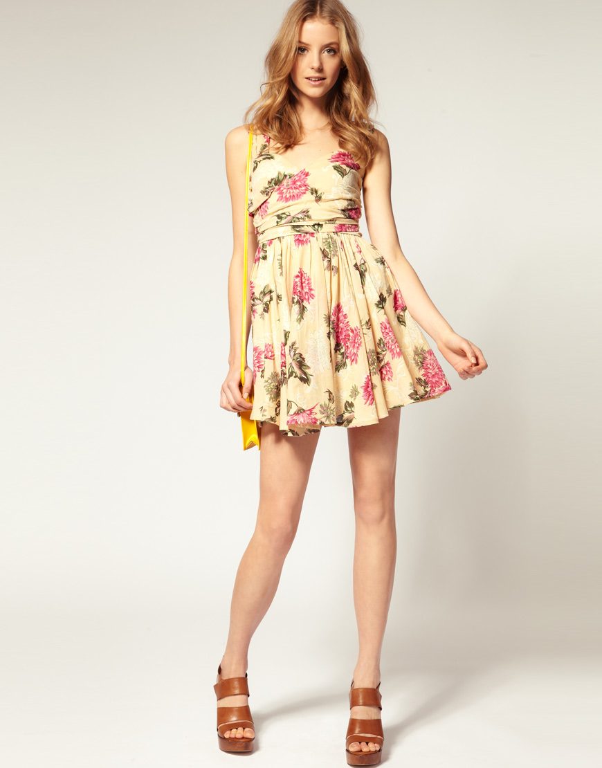 Asos collection Asos Petite Printed Summer Dress with Twist Bust ...