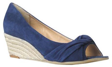 Carvela Kurt Geiger Komet Suede Open Toe Wedge Court Shoes Blue in