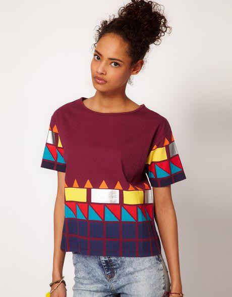 Asos Collection  Tshirt with Neon Blocked Hem in Purple (darkred)