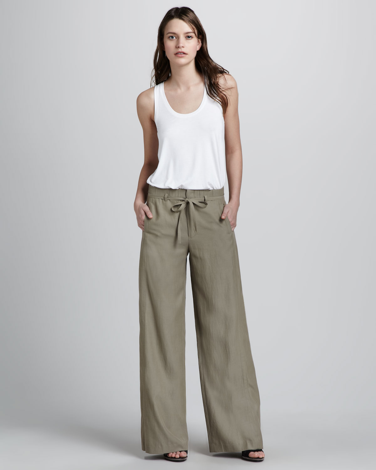 Vince Wide leg Pants in Natural | Lyst