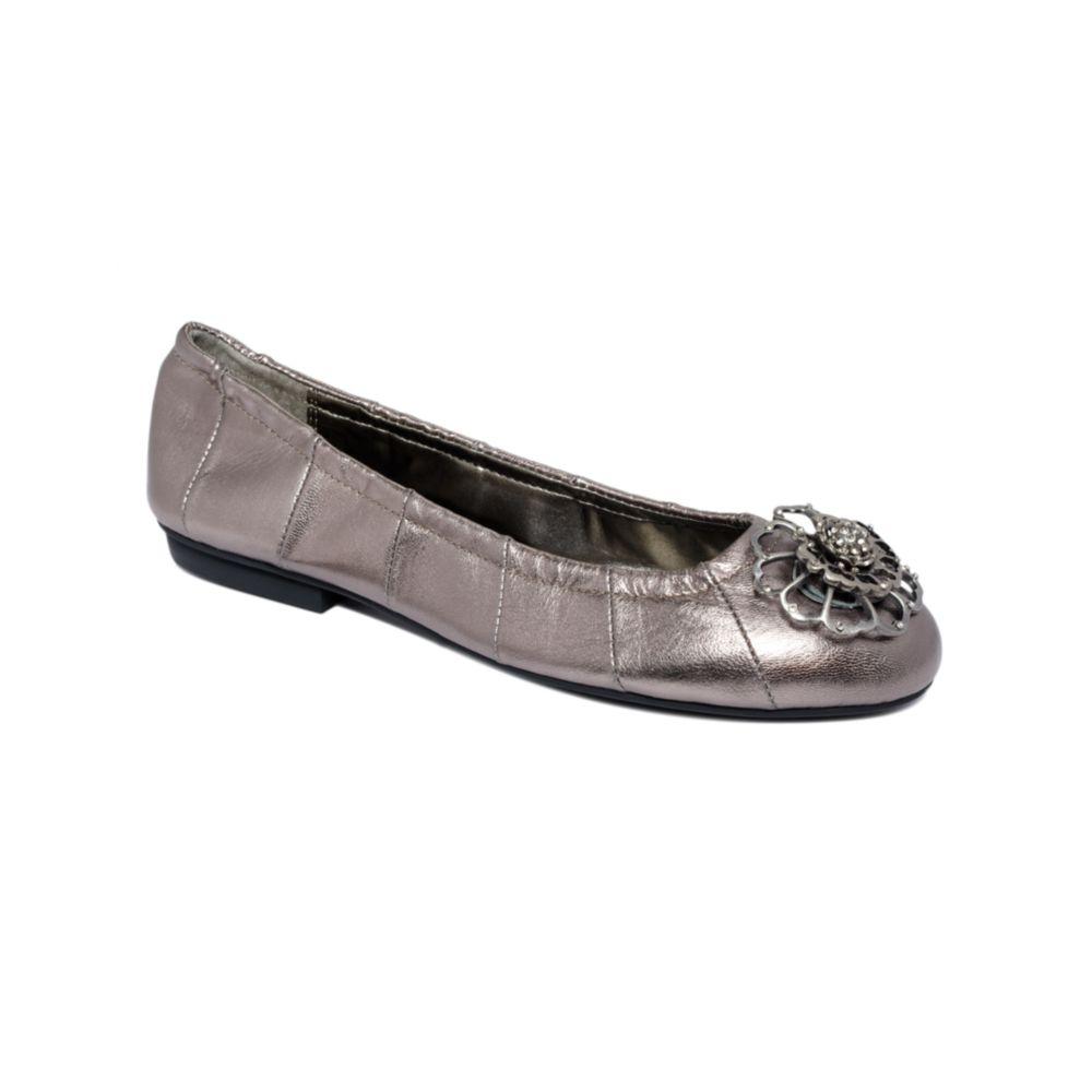 Tahari Flat Shoes Sale